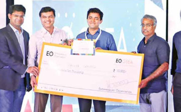 20-year-old wins entrepreneurial event for his 'discount deals' app